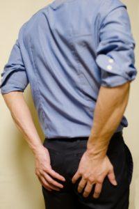 慢性的な腰痛の症状