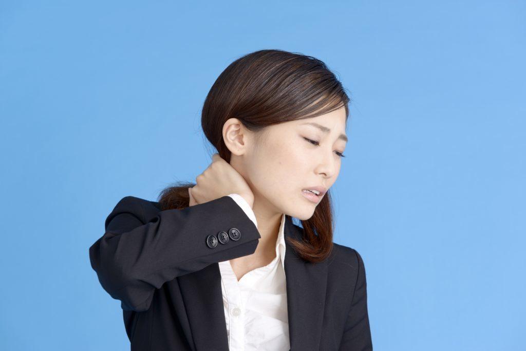 首こりの症状について